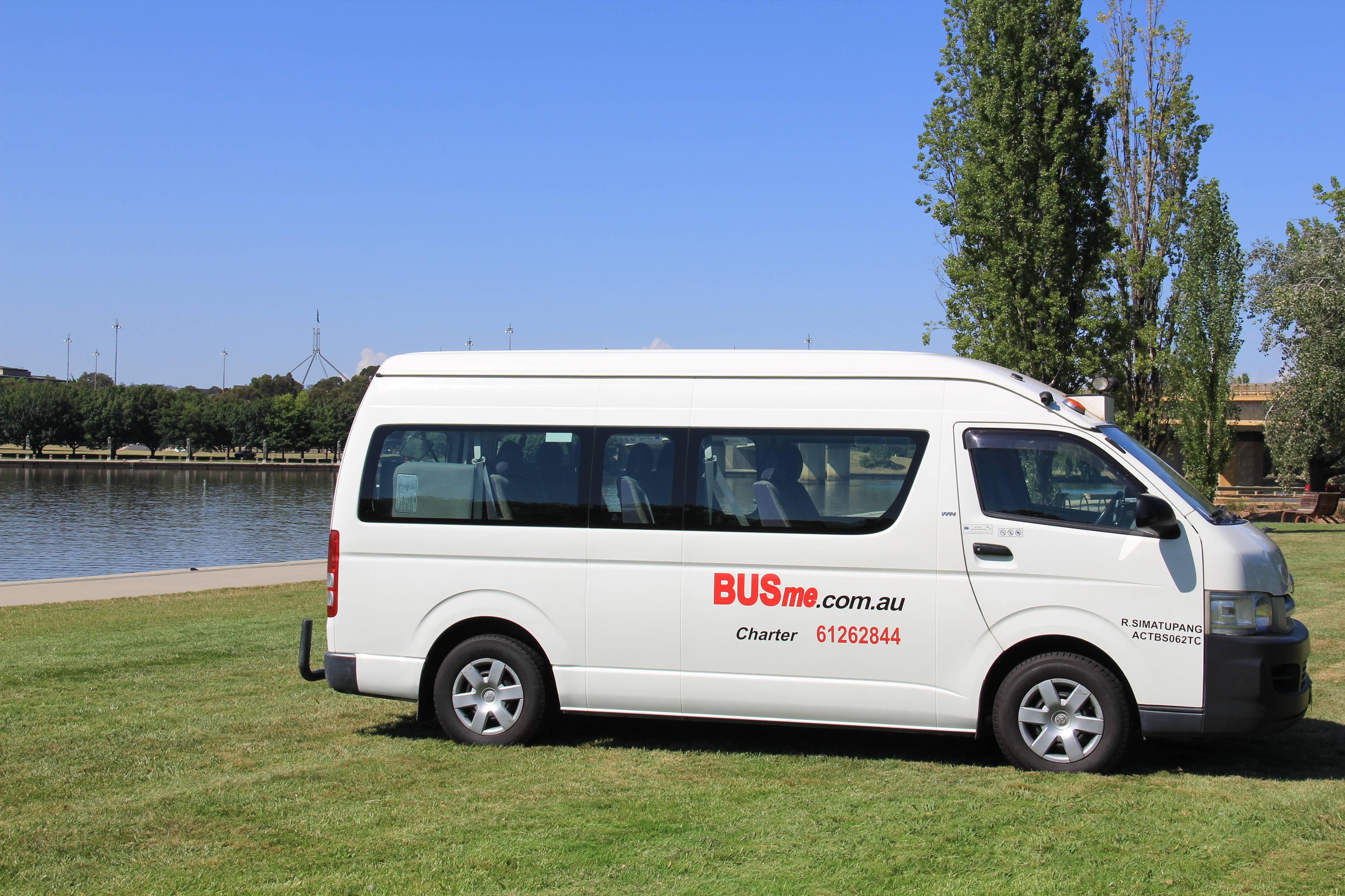 BUSme 13 Seat Bus