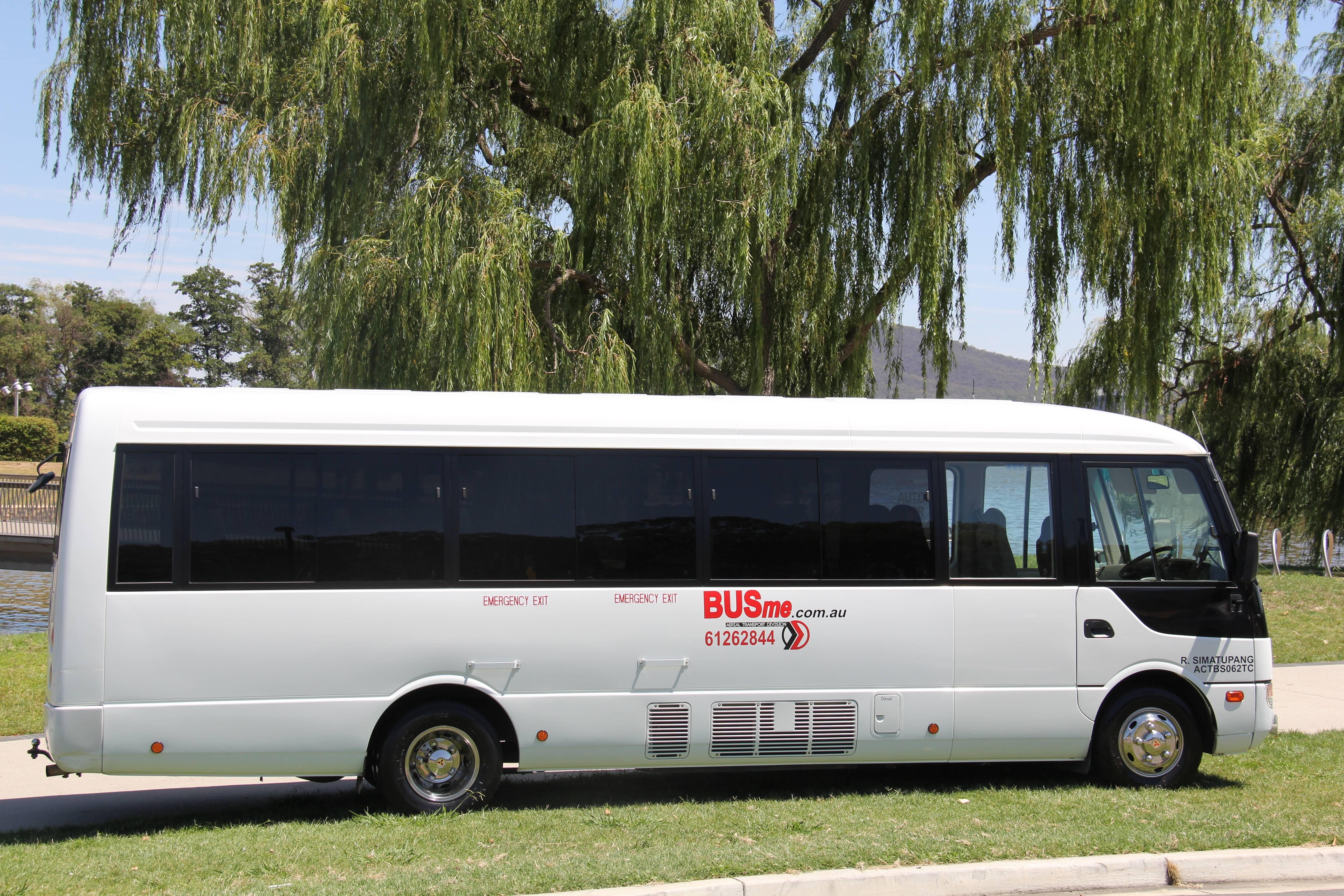 BUSme 24 Seater